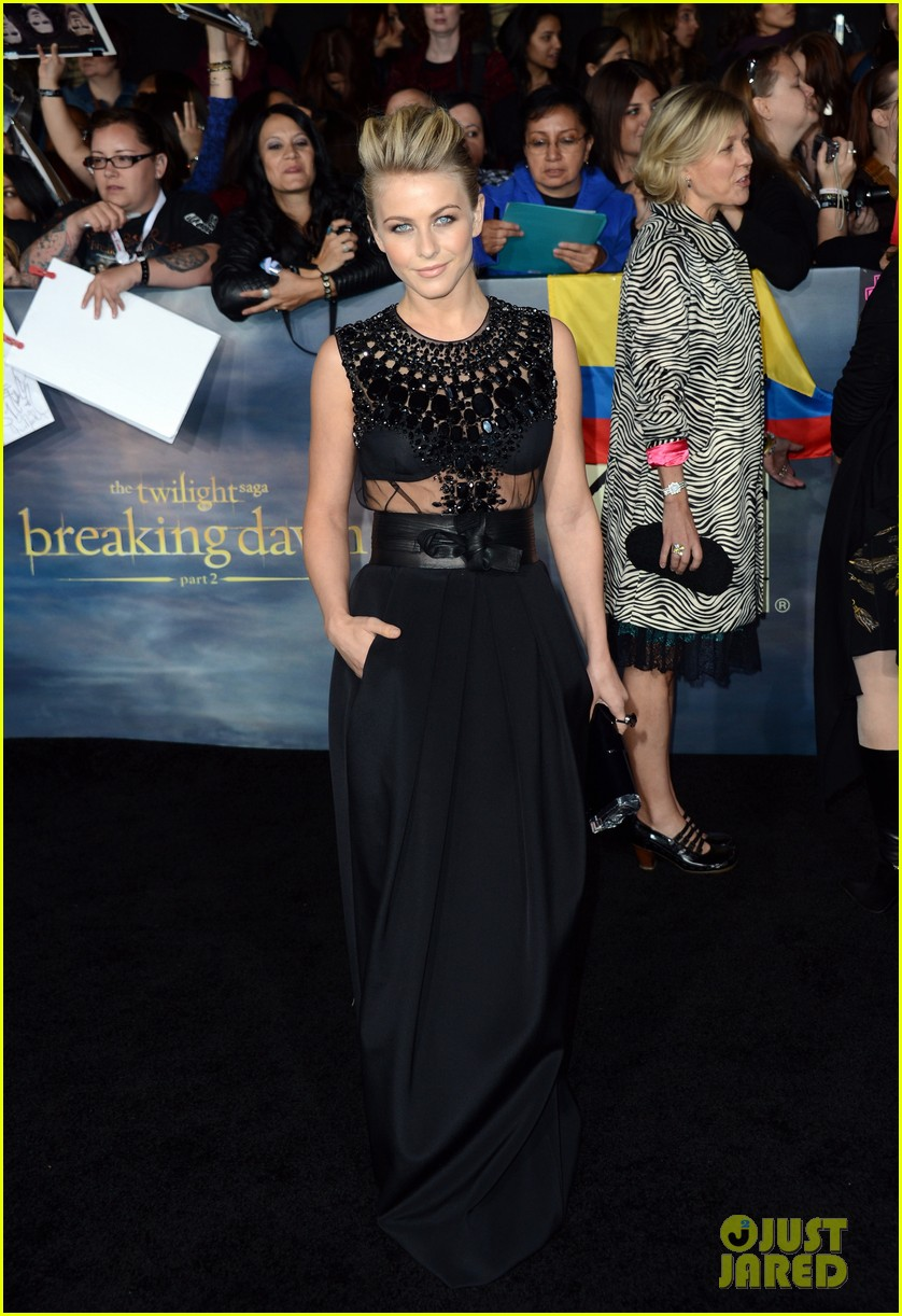 saoirse ronan julianne hough twilight breaking dawn part 2 premiere 132756294