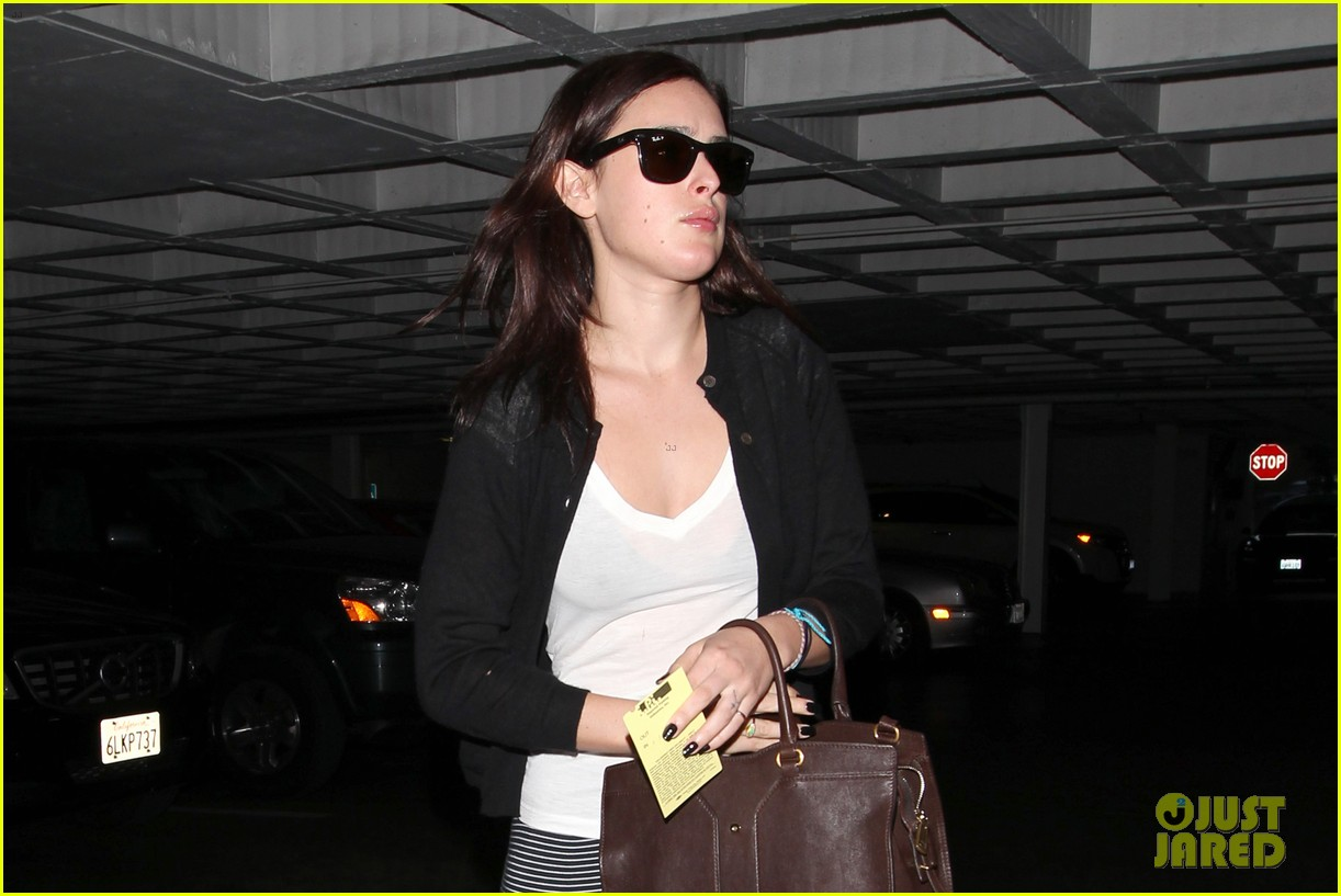 rumer willis books hawaii five o role as masi oka crush 102757833
