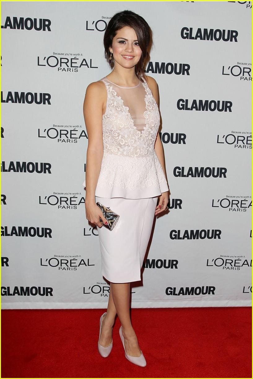 selena gomez glamour women of the year awards 05