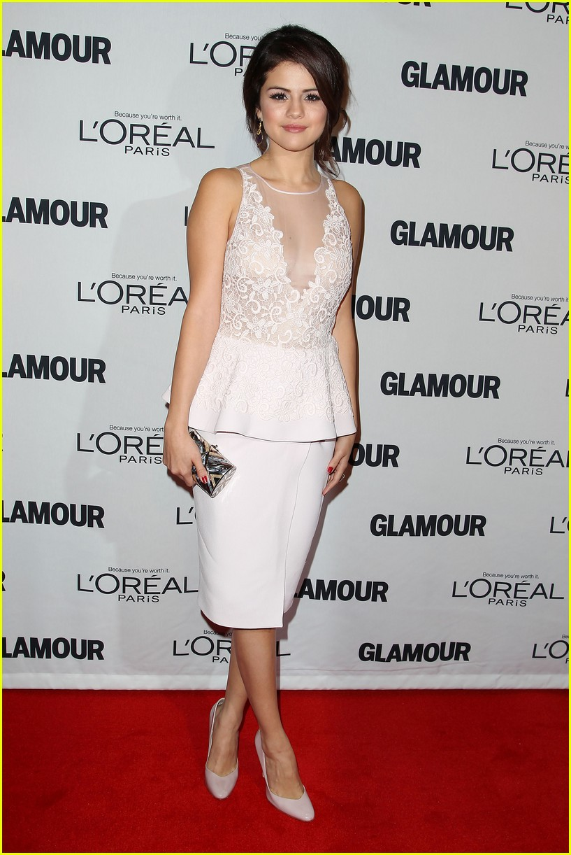 selena gomez glamour women of the year awards 09