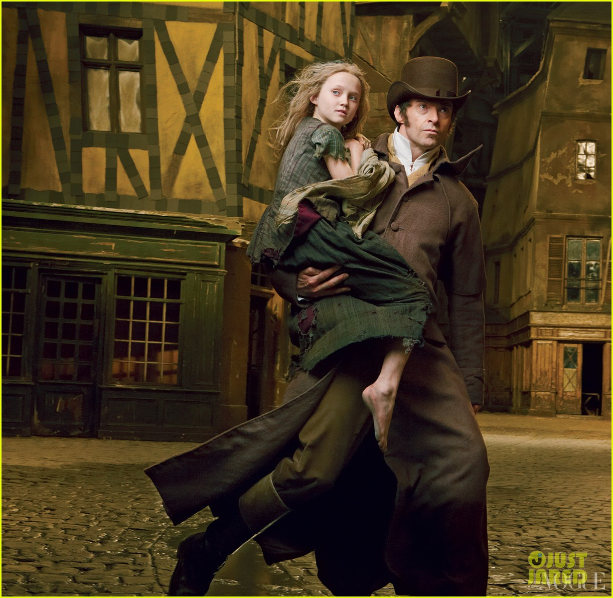 amanda seyfried eddie redmayne les miserables vogue feature 03