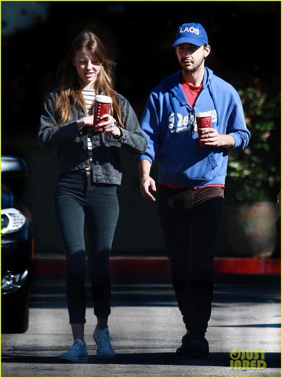 shia labeouf mia goth thanksgiving 032762489