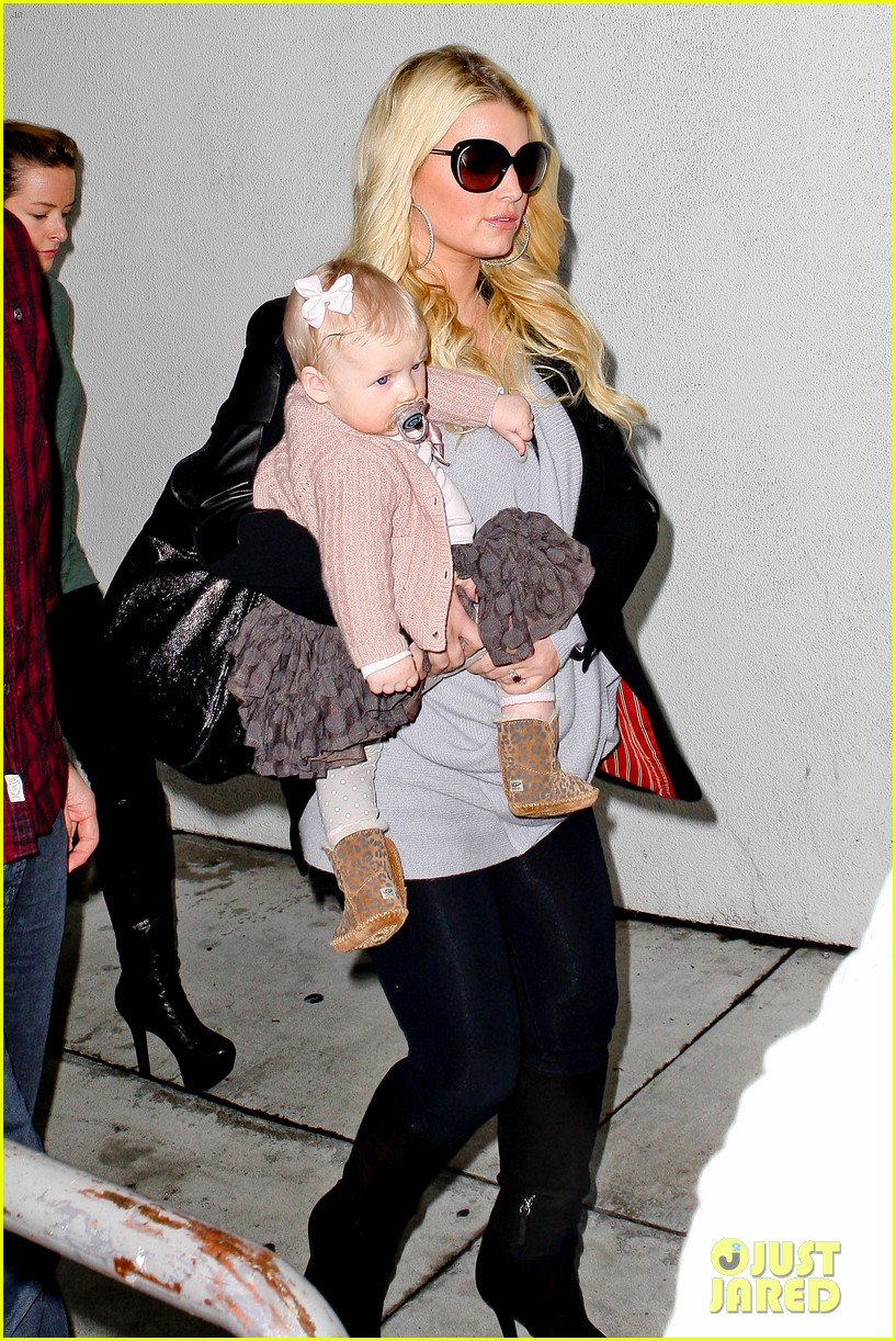 jessica simpson first post pregnancy rumor pics 09