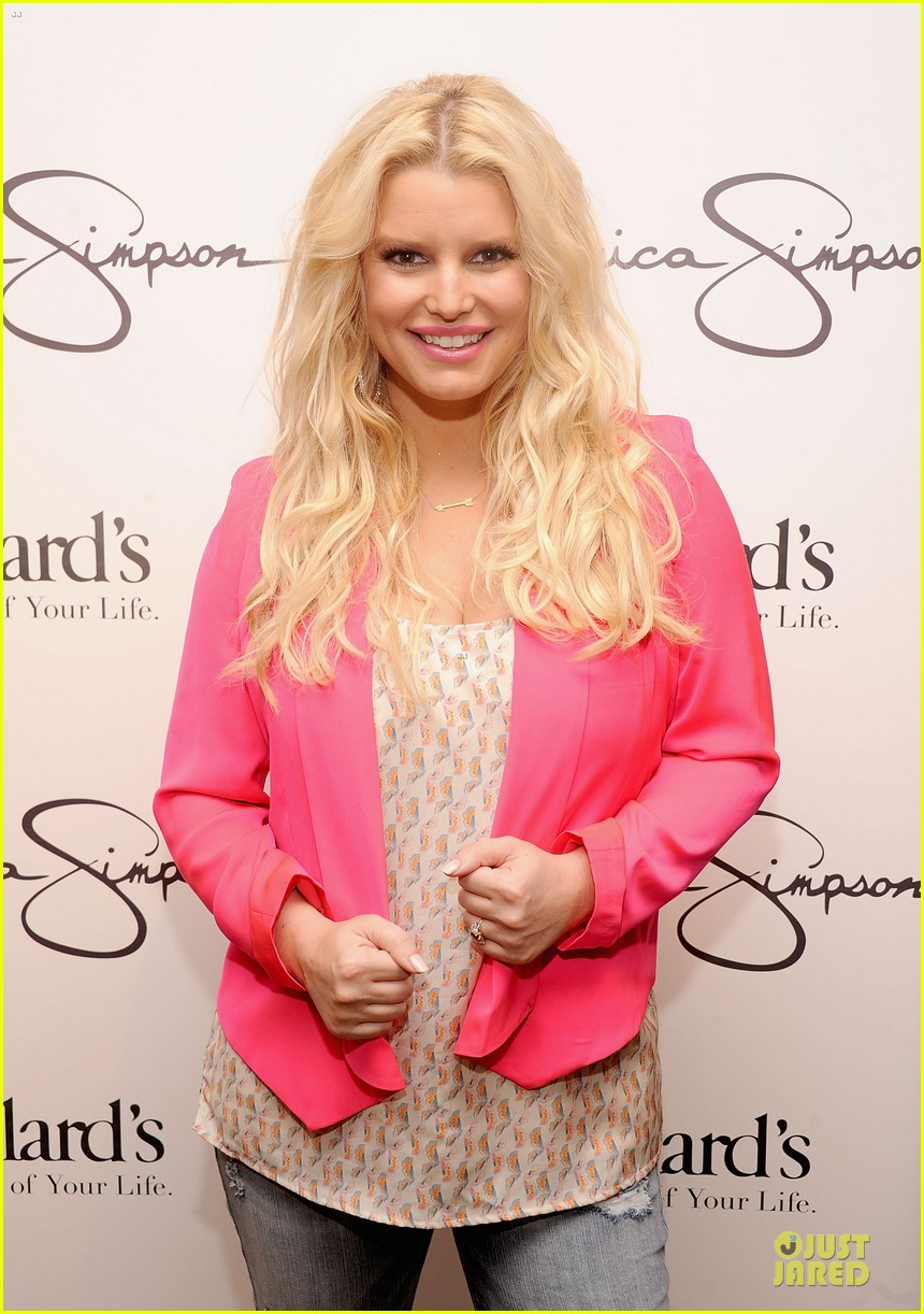 jessica simpson ashlee simpson jessica simpson collection promotion in florida 042759600