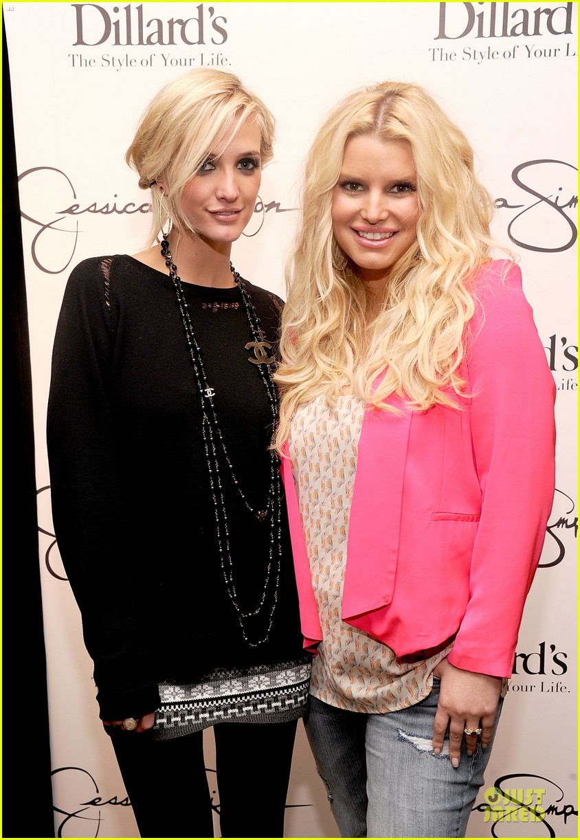 jessica simpson ashlee simpson jessica simpson collection promotion in florida 102759606