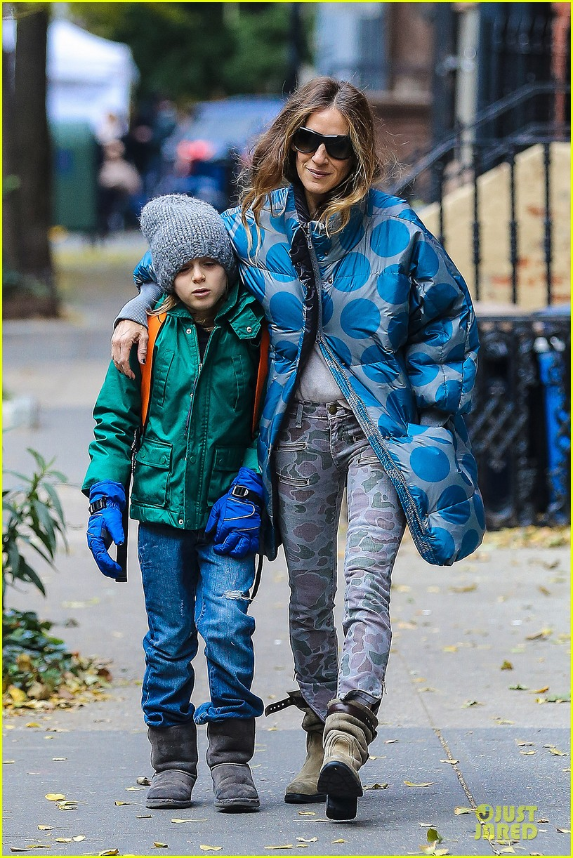sarah jessica parker gives back to hurricane sandy victims 062760983