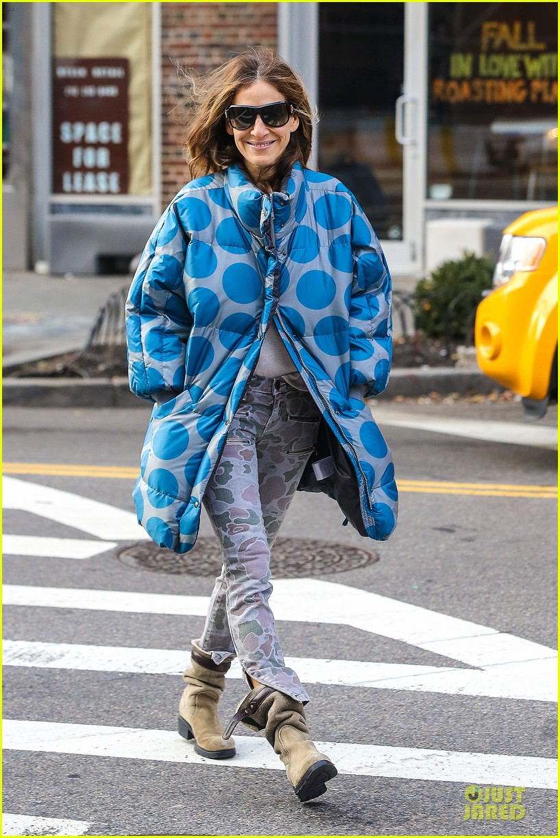 sarah jessica parker gives back to hurricane sandy victims 07