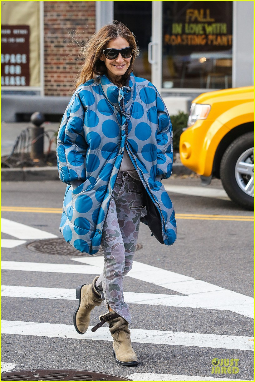 sarah jessica parker gives back to hurricane sandy victims 11