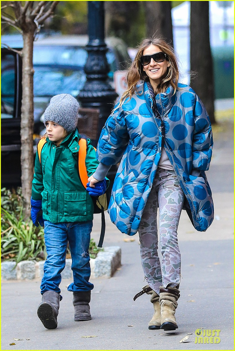 sarah jessica parker gives back to hurricane sandy victims 14