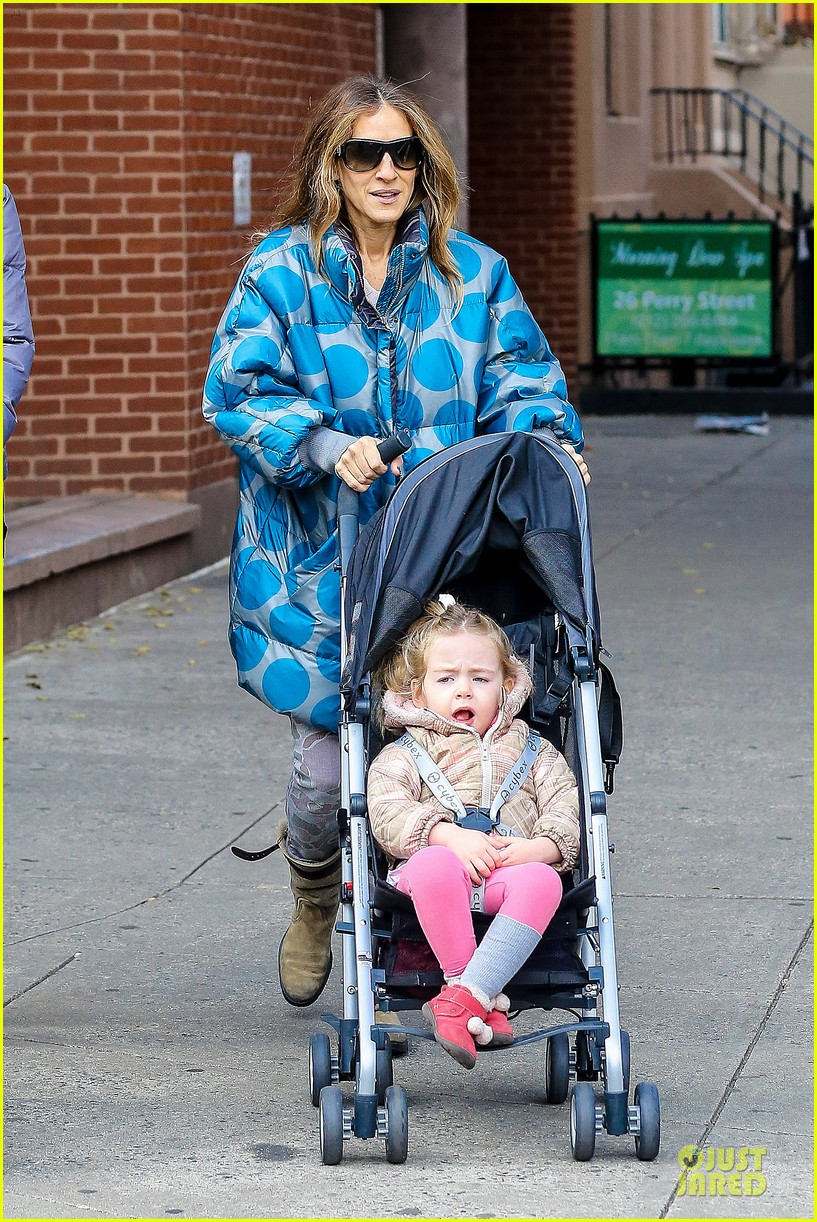 sarah jessica parker gives back to hurricane sandy victims 15