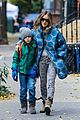 sarah jessica parker gives back to hurricane sandy victims 06