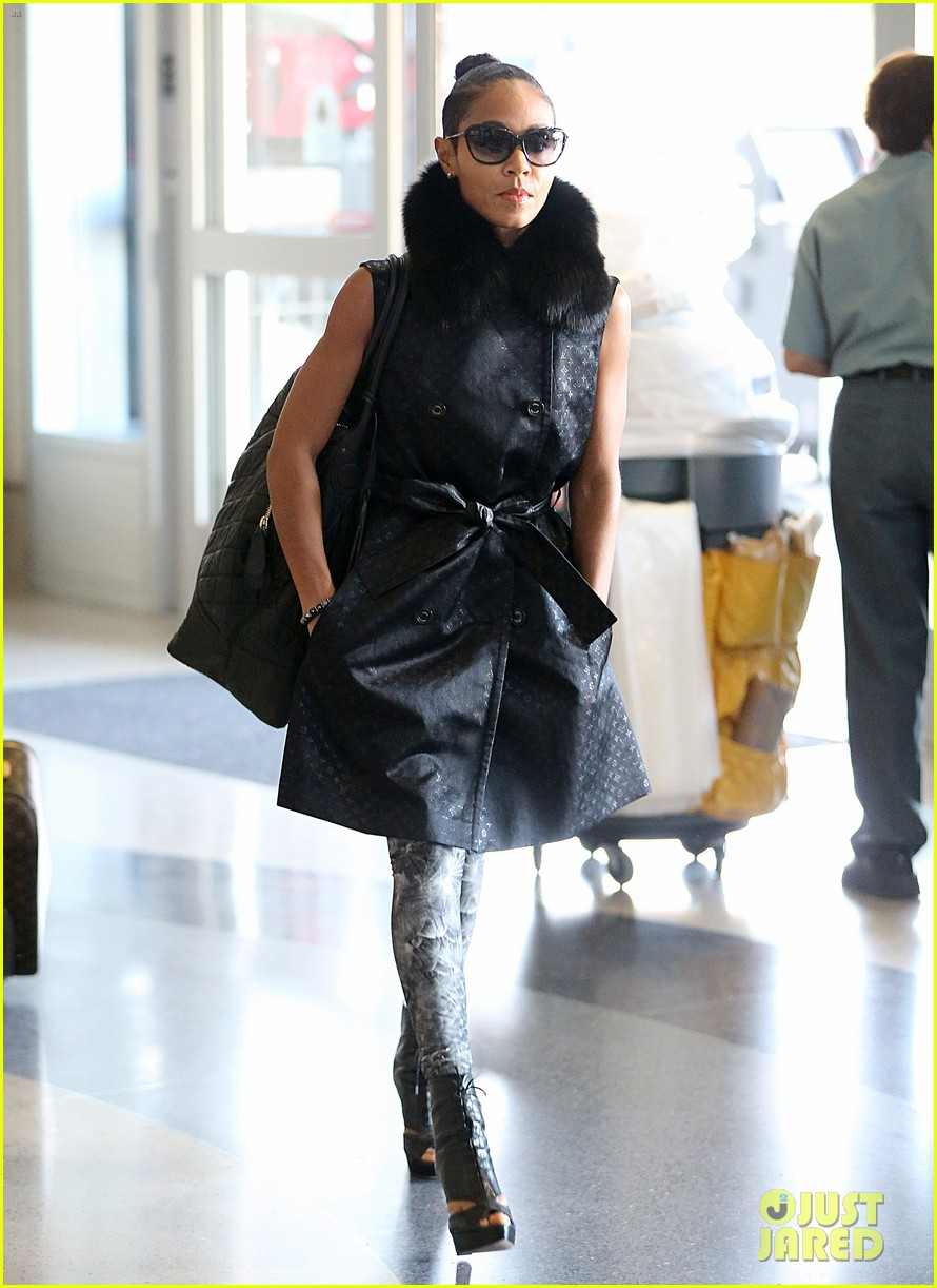 jada pinkett smith lax departure with willow jaden 01