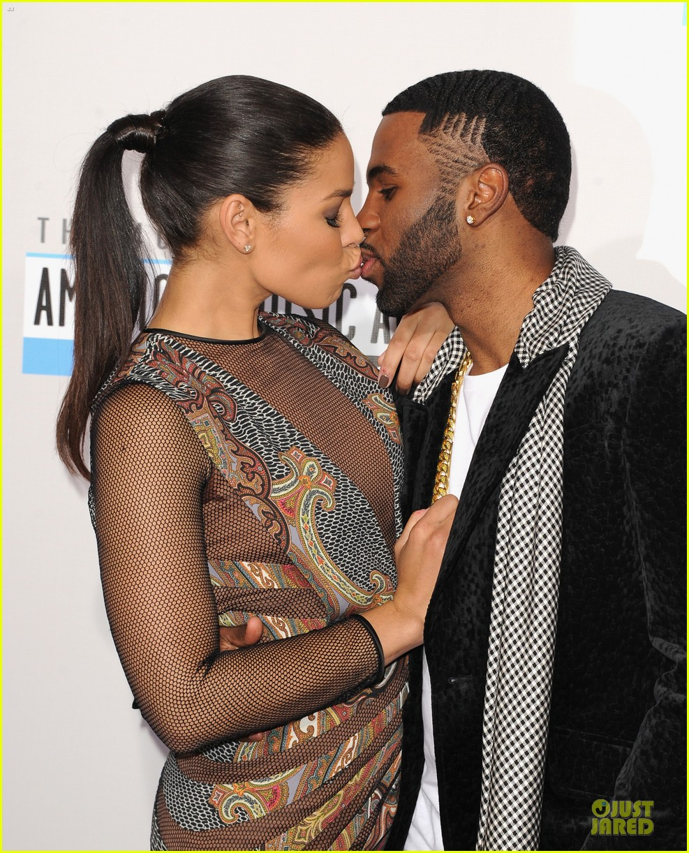 jordin sparks jason derulo ama 2012 red carpet 02