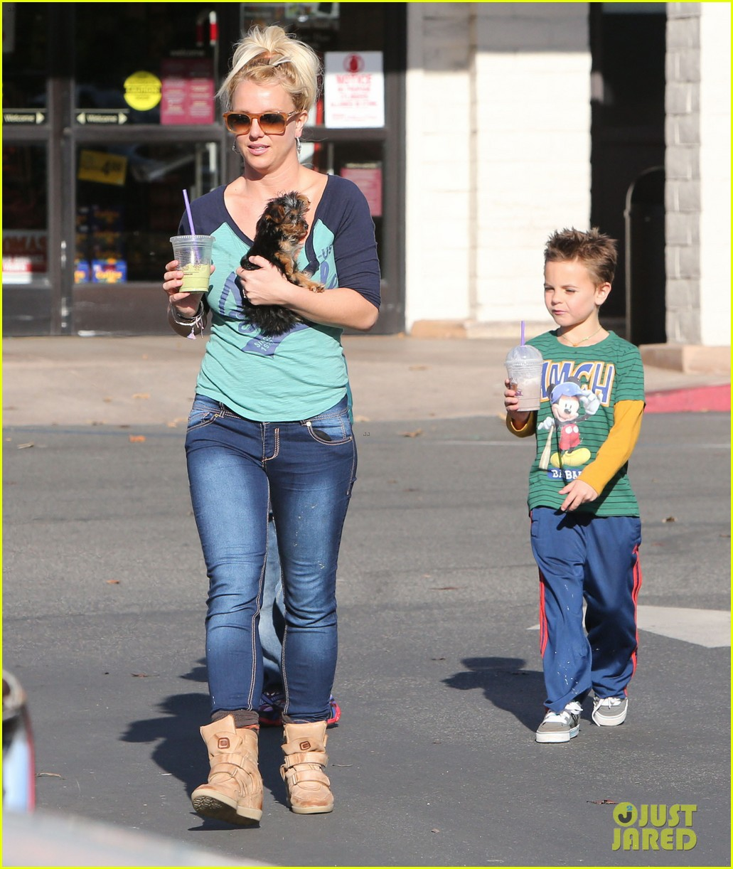 britney spears coffee bean with sean preston jayden james 29