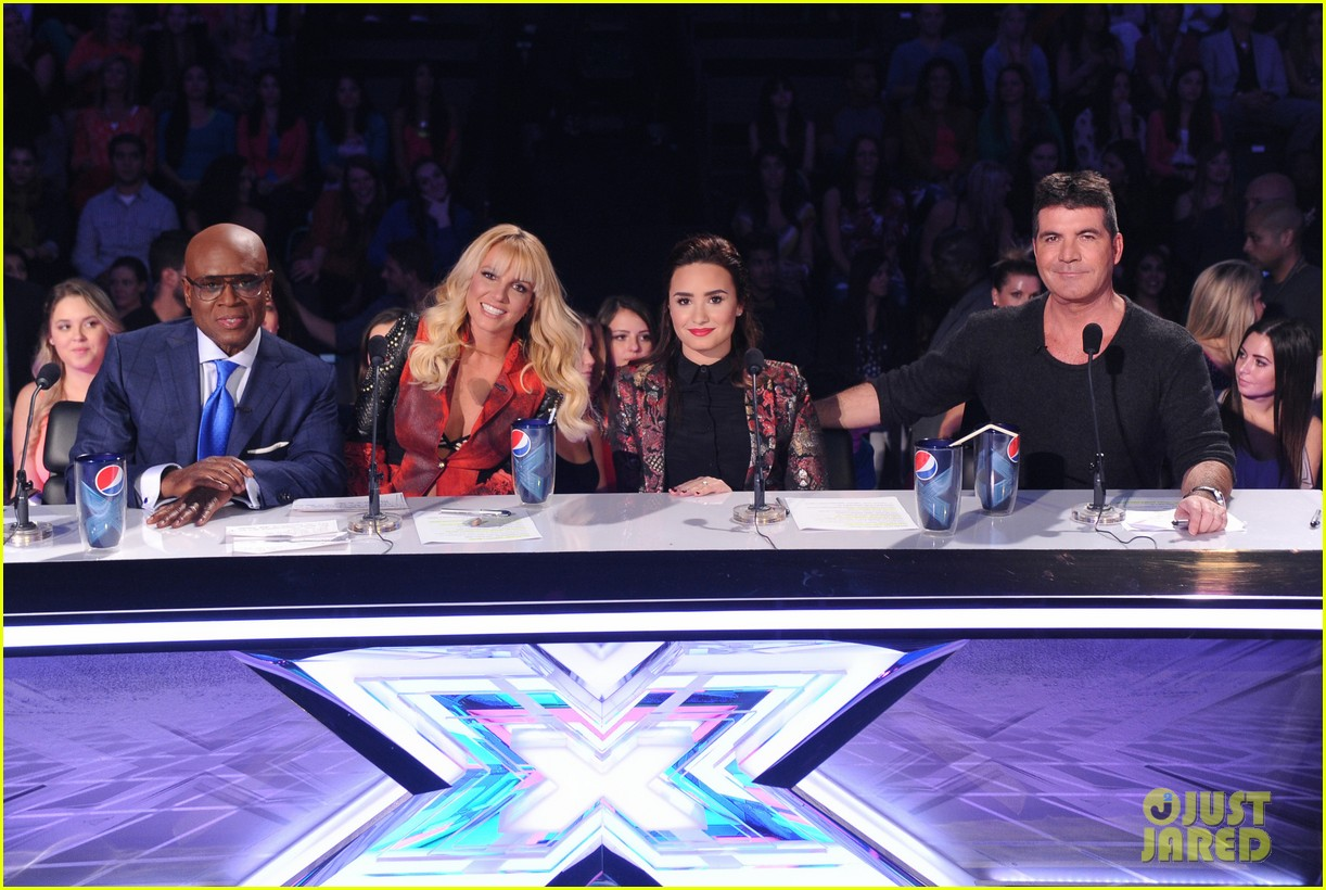 britney spears demi lovato x factor top 16 recap 01