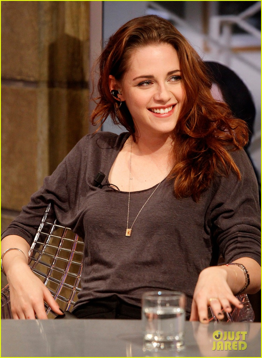 kristen stewart robert pattinson el hormiguero in spain 05