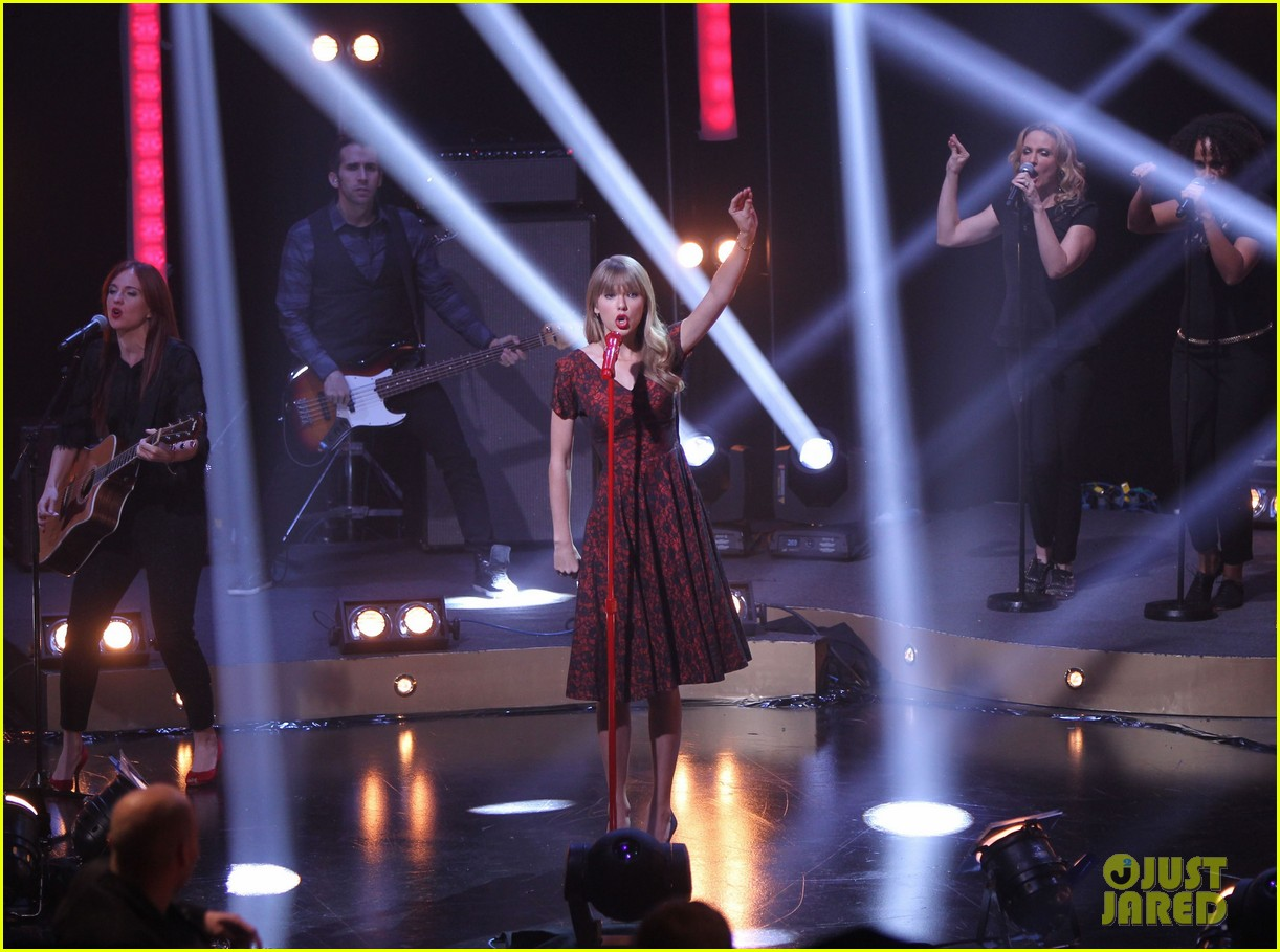taylor swift skavlan london 08