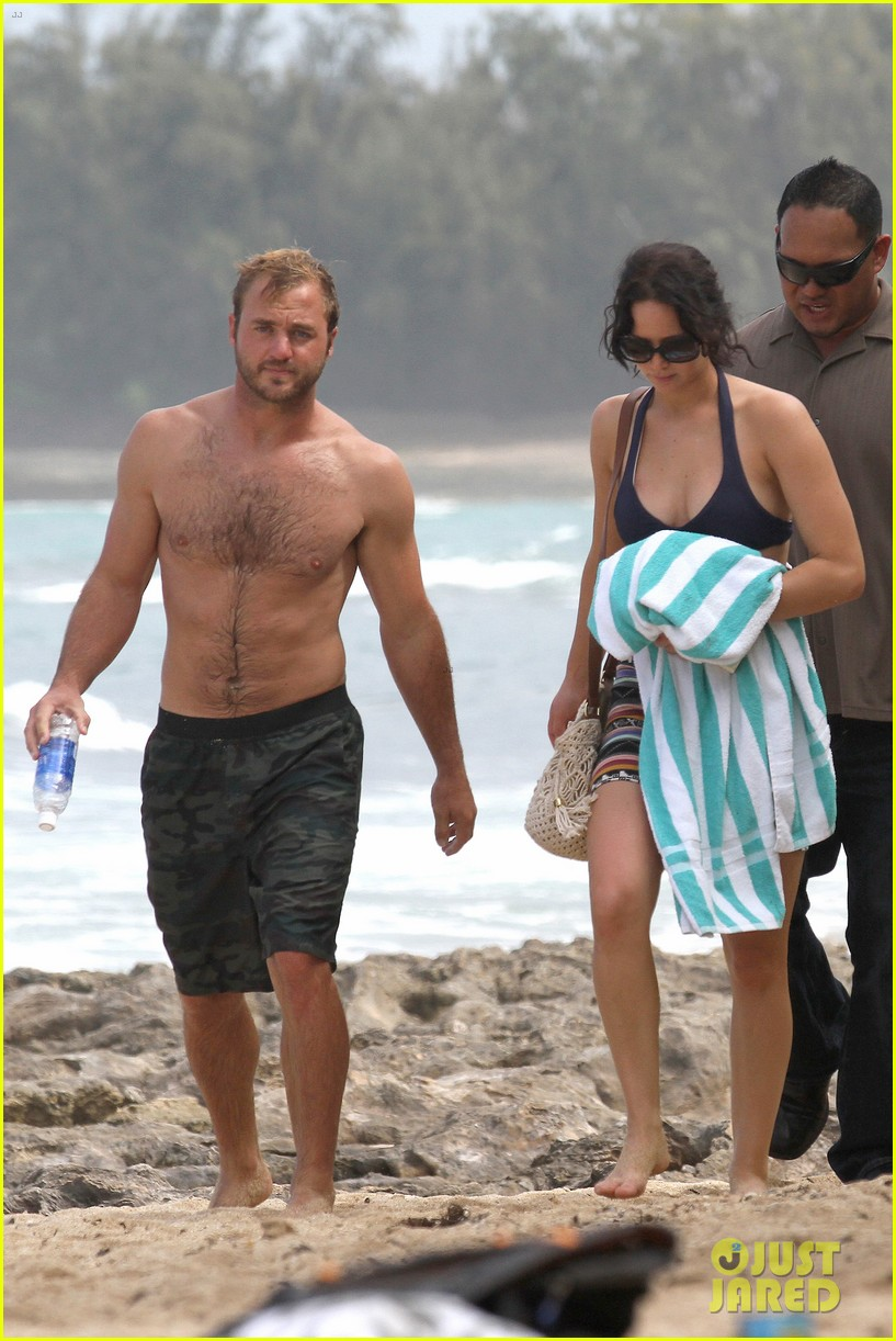jennifer lawrence bikini thanksgiving hawaii 08