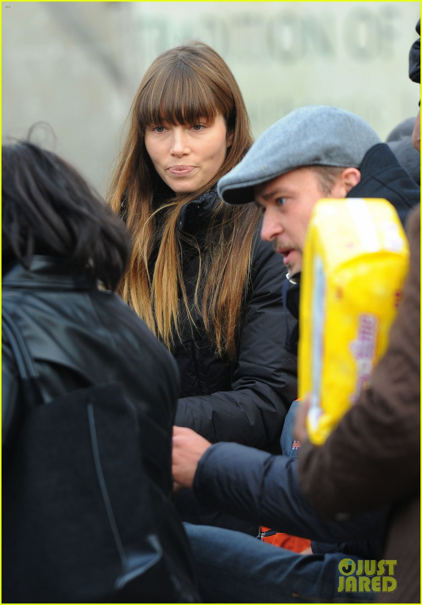 justin timberlake jessica biel hurricane sandy relief workers 20