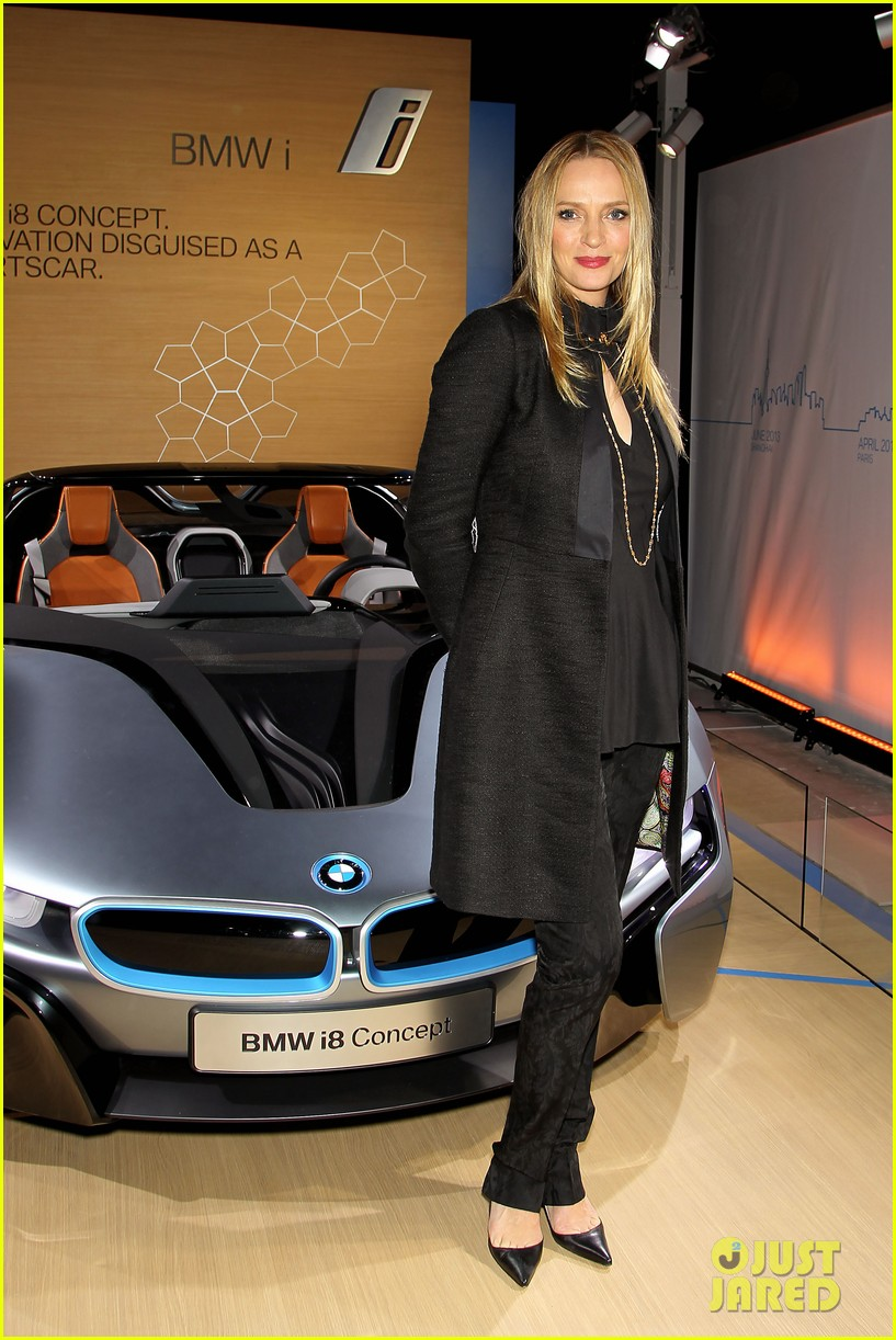 uma thurman bmw i8 concept roadster unveiling 03