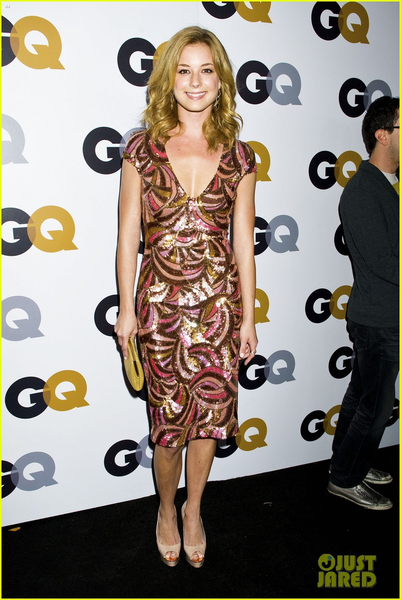 emily vancamp krysten ritter 2012 gq men of the year party 07