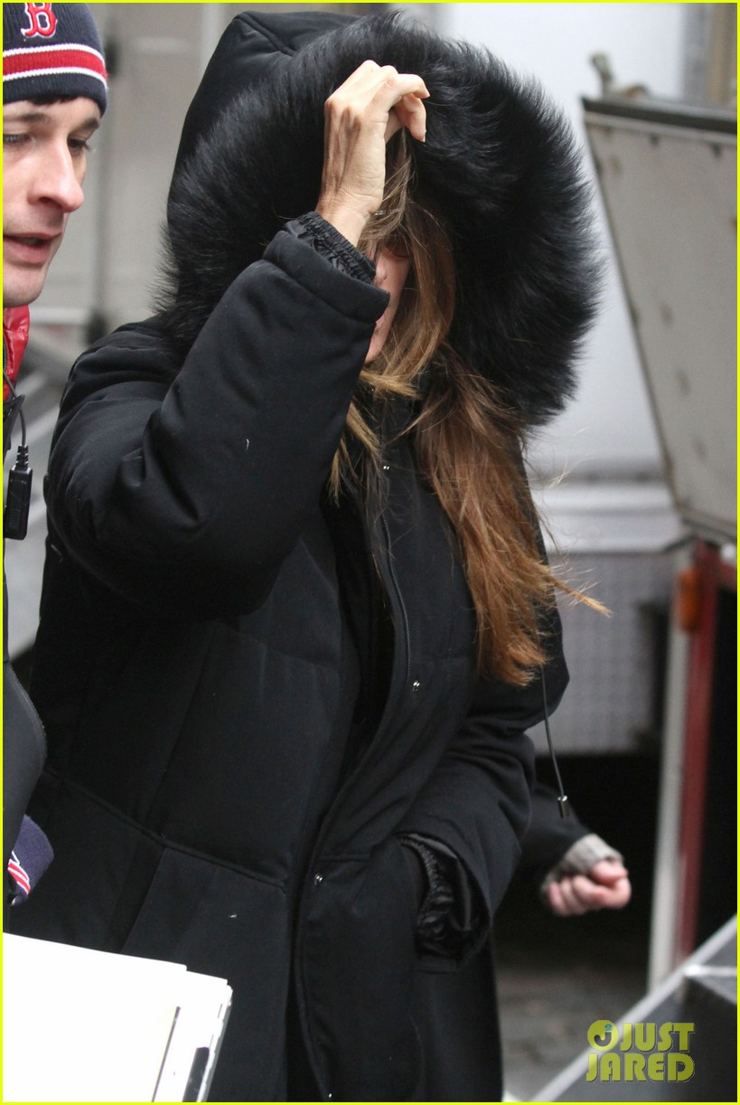 sofia vergara bundles up big apple 10