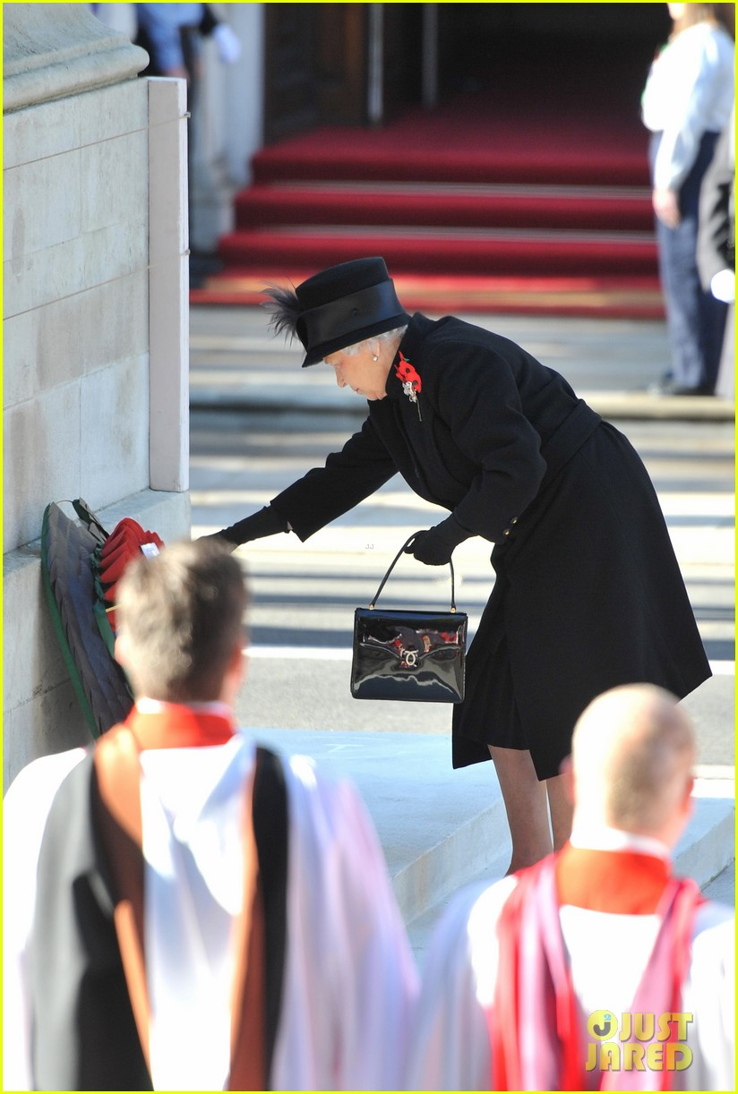 prince william duchess kate remembrance sunday observations 02