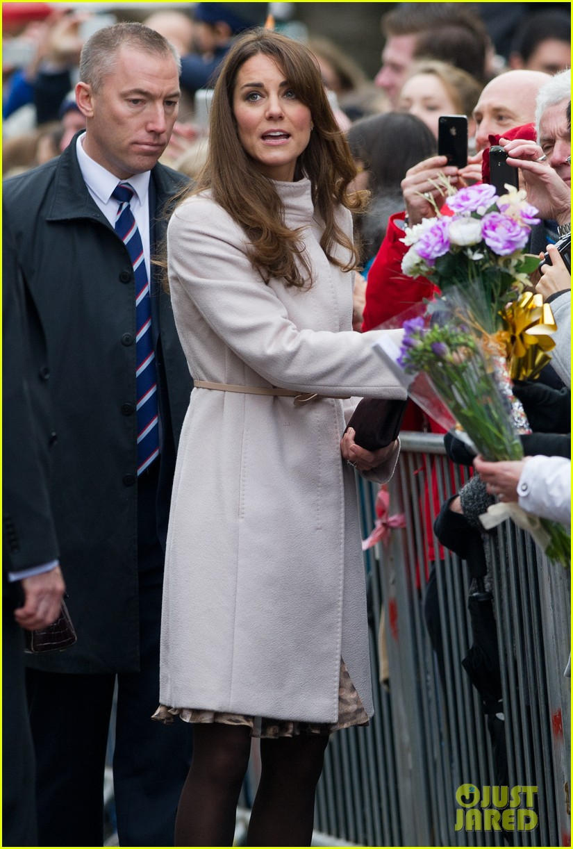 prince william duchess kate cambridge senate house visit 08