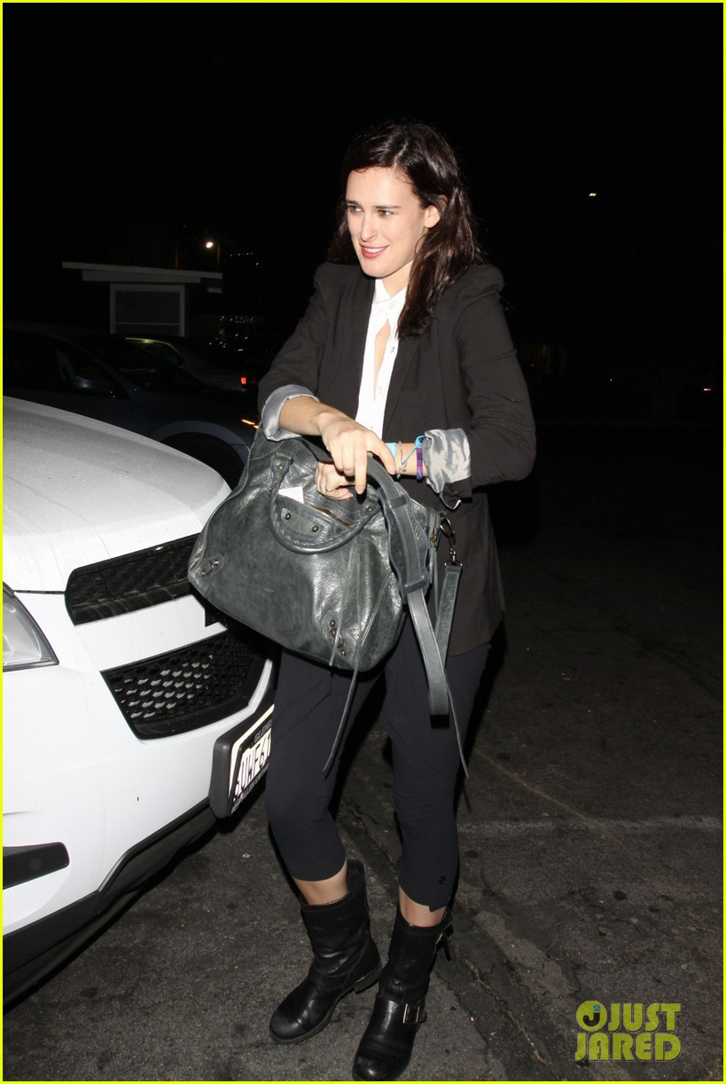 rumer willis celebrates president obamas win at sayers club 02