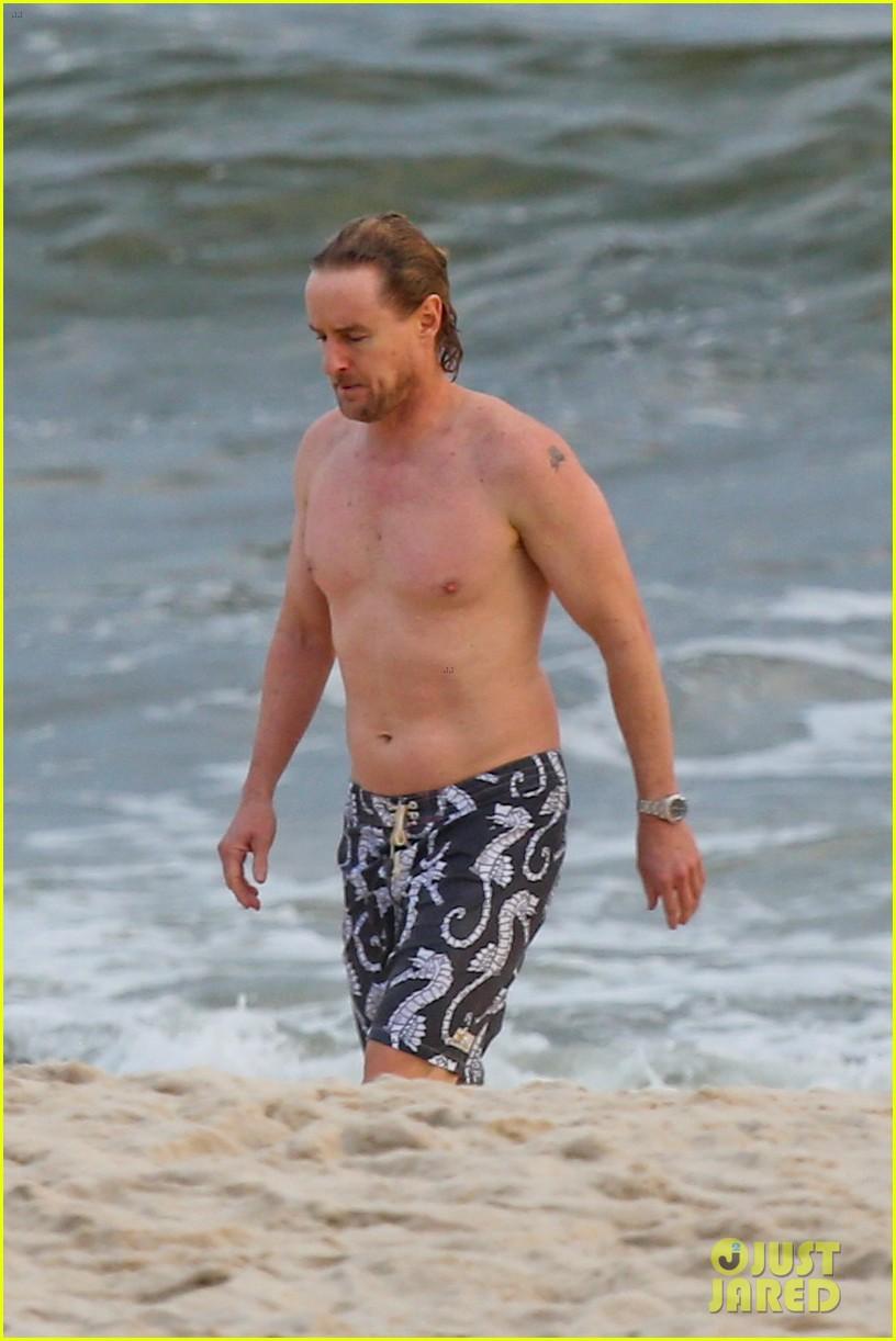 owen wilson shirtless in rio 15