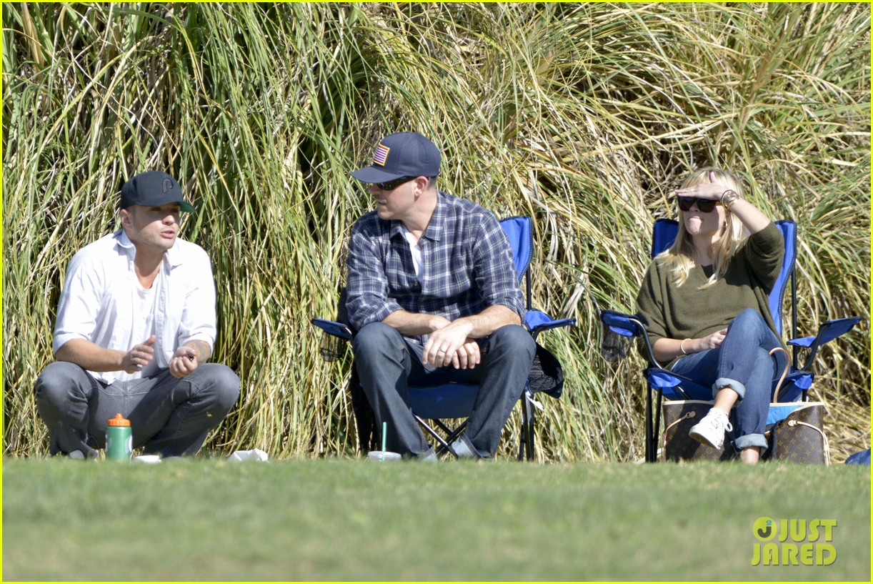 reese witherspoon ryan phillippe attend deacons soccer game 022754785