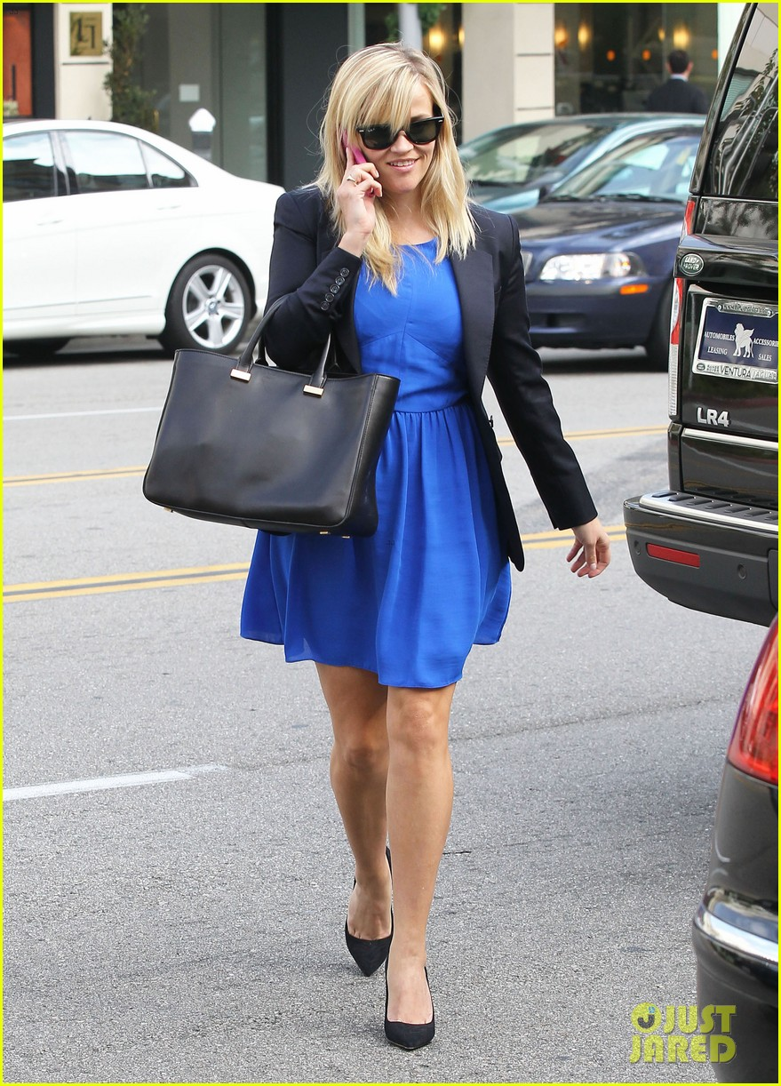 reese witherspoon talks gone girl film adaptation 03