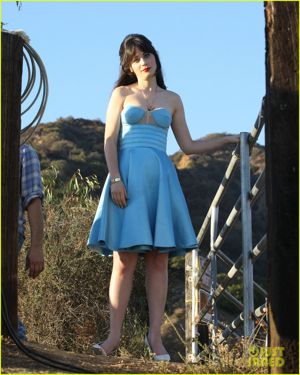 zooey deschanel glamorous photo shoot gal 062750952