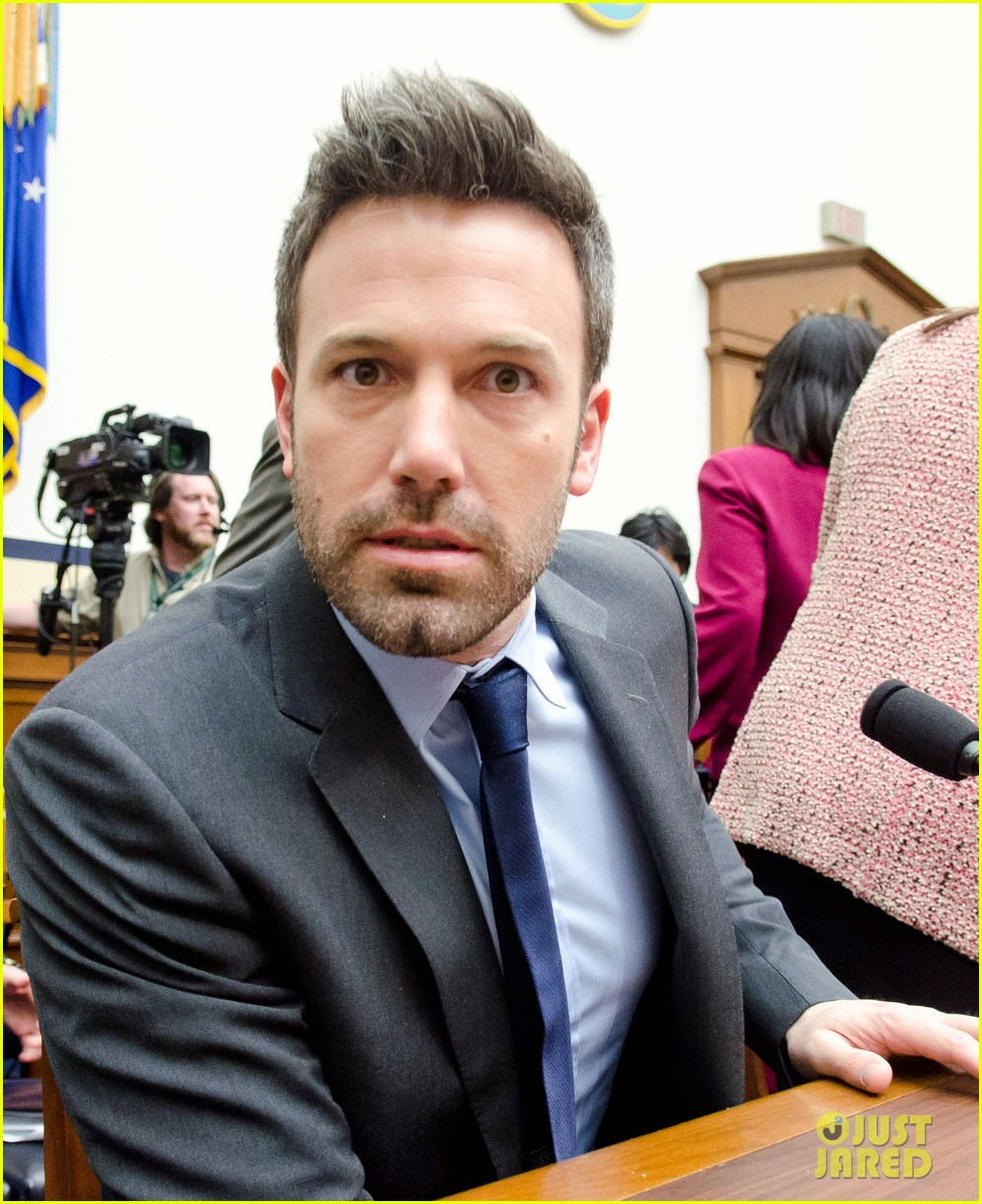 ben affleck drops out of focus with kristen stewart 02