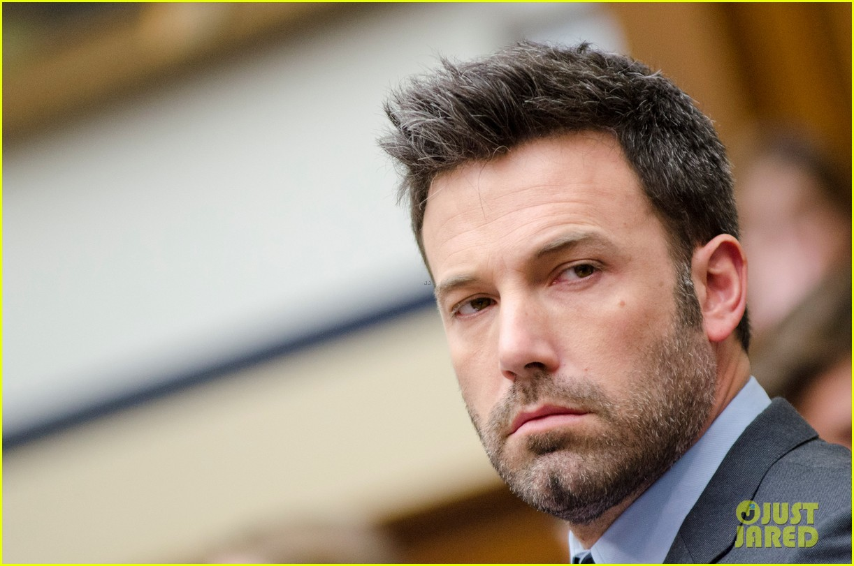 ben affleck drops out of focus with kristen stewart 19