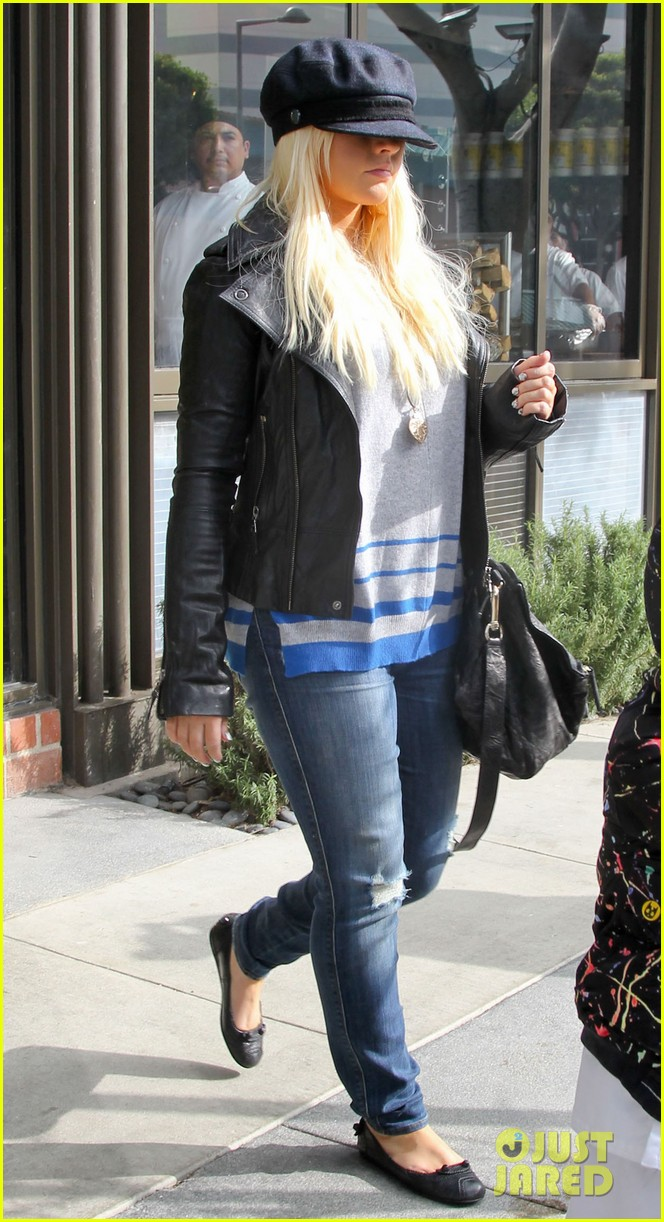 christina aguilera houstons lunch with karate boy max 172772048
