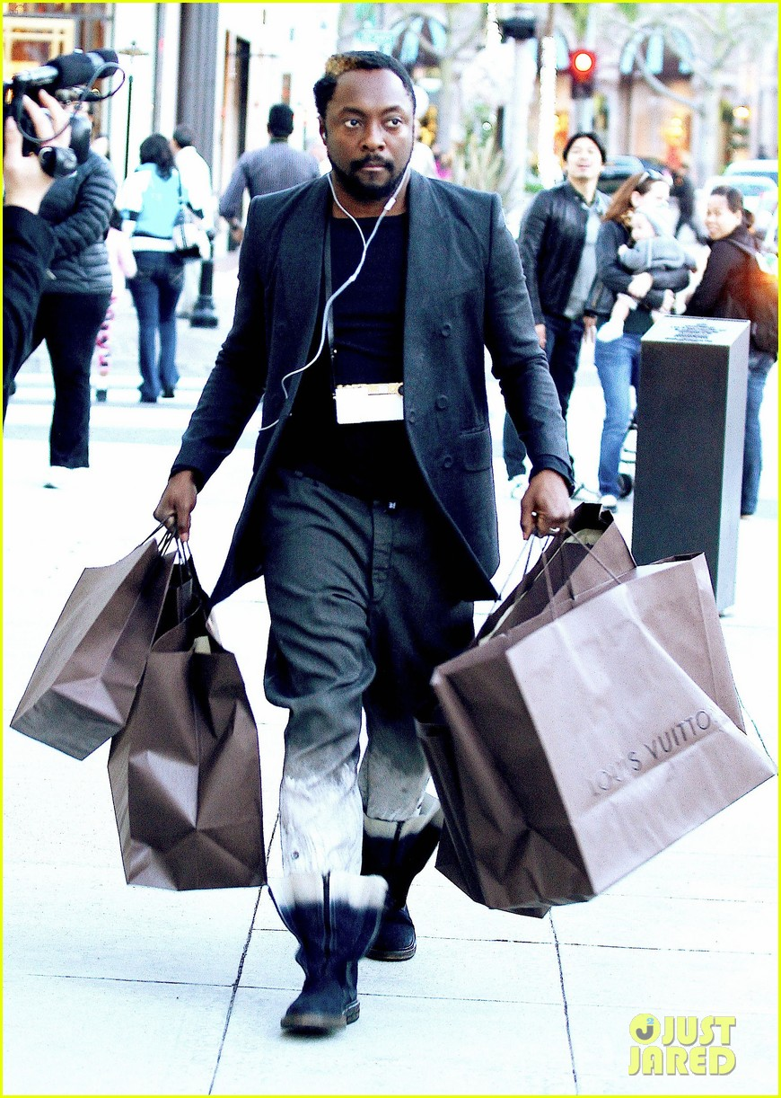 will i am louis vuitton christmas 03