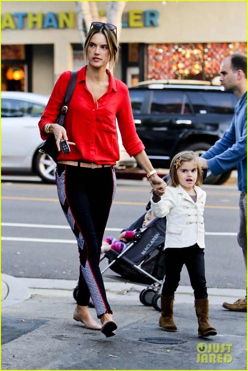alessandra shops the day away with anja 25