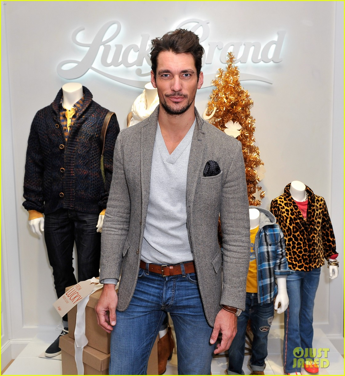 dave annable lucky brand store opening with odette 10