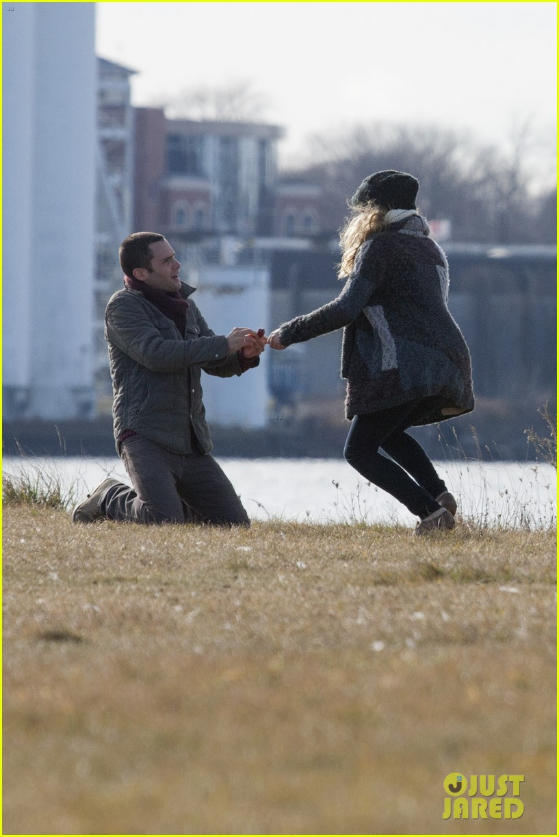 penn badgley teresa palmer parts per billion filming 01