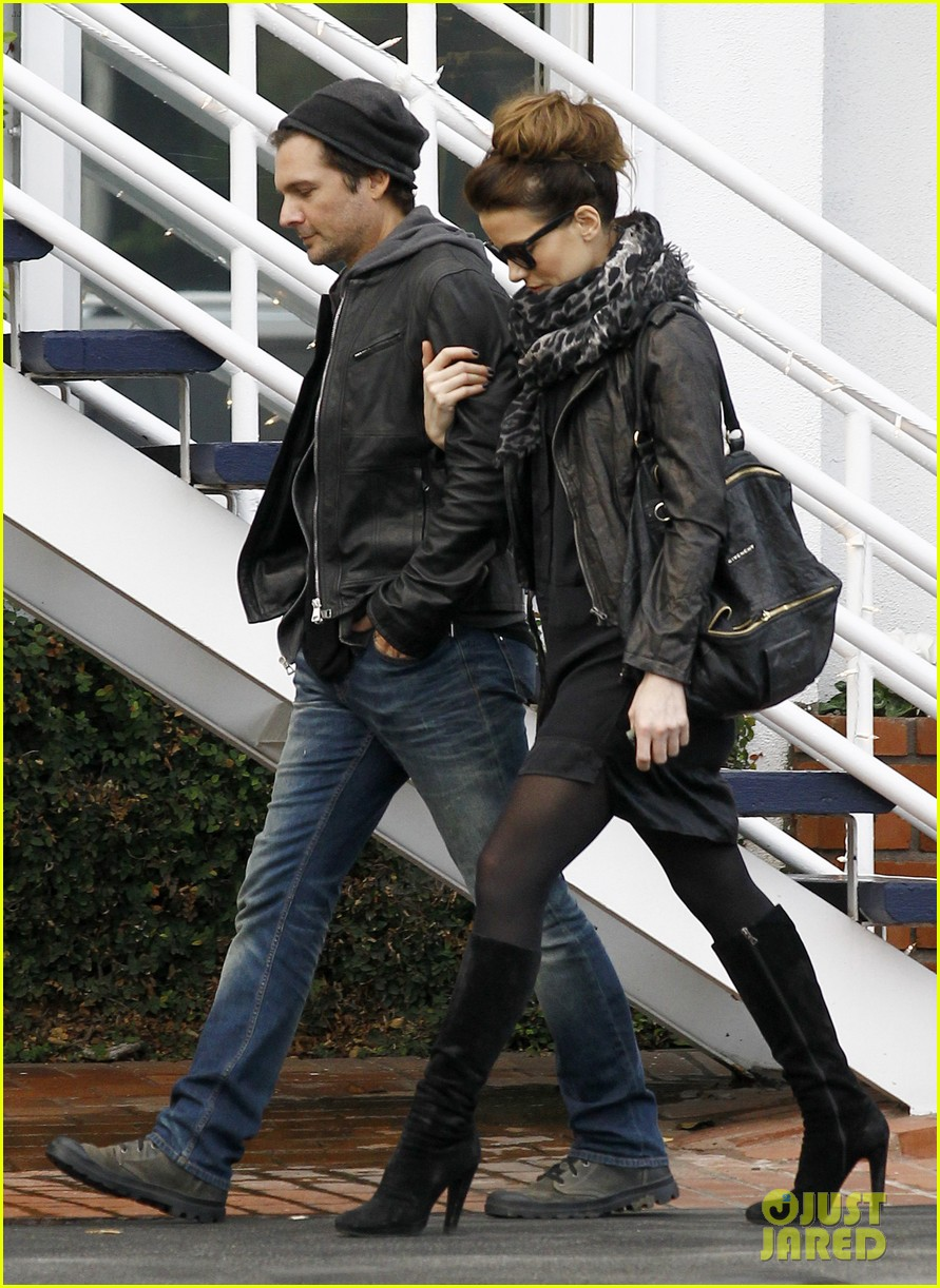 kate beckinsale retail therapy with len wiseman 05