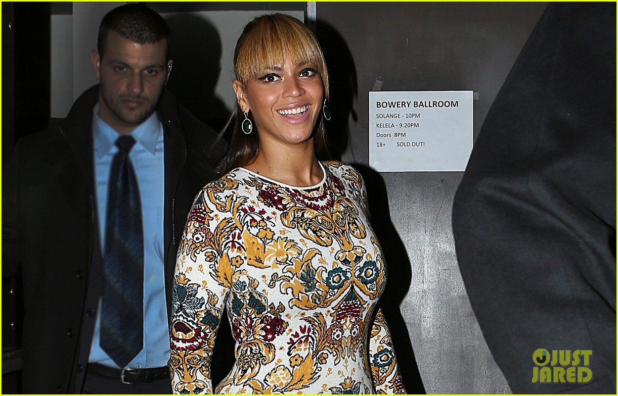 beyonce supports sister solange at concert kick off in nyc 042774545