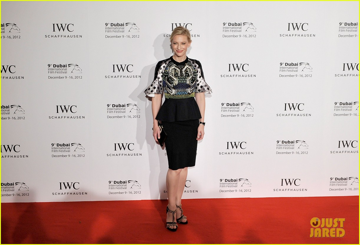 cate blanchett filmmaker award gala dinner in dubai 19