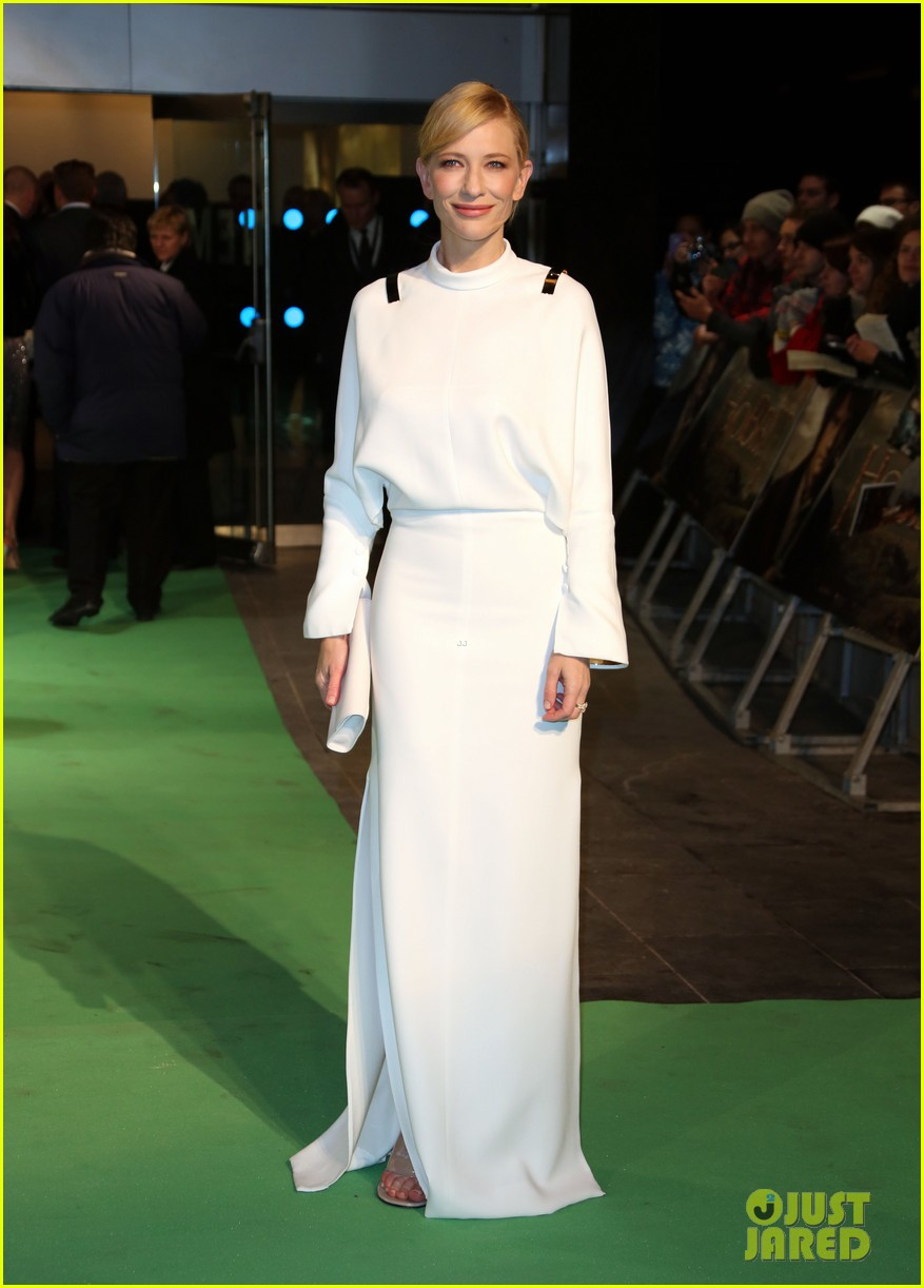 cate blanchett the hobbit london premiere 11