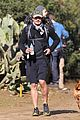 orlando bloom runyon canyon hike with flynn 07