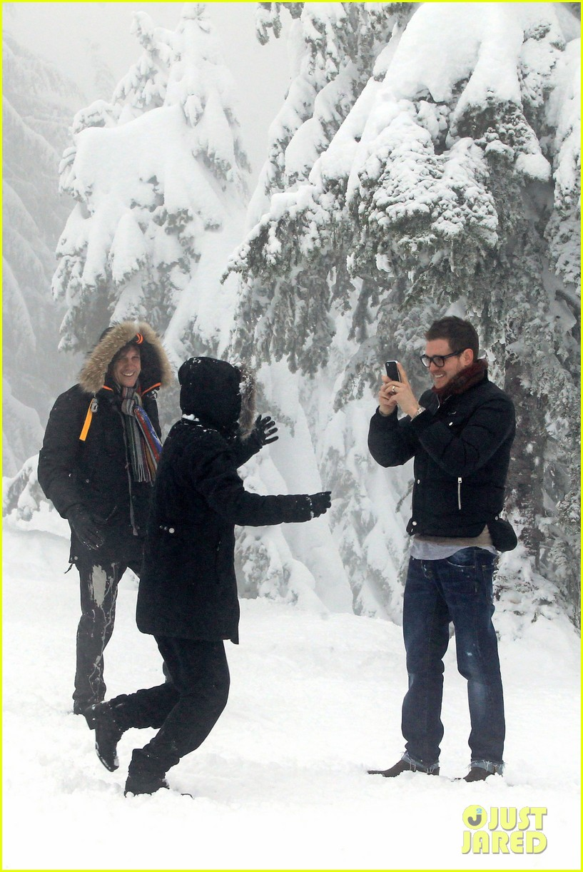 michael buble luisana lopilato snowy sweethearts 14