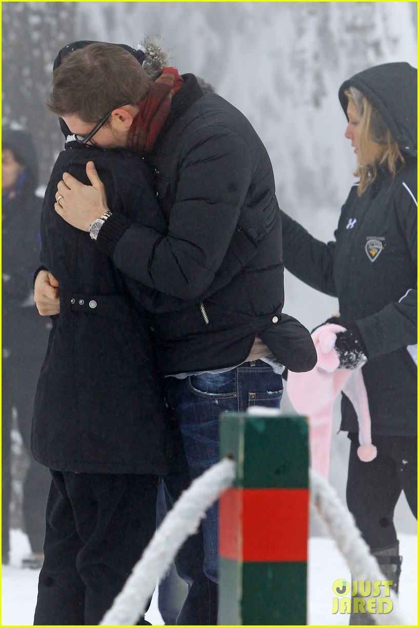 michael buble luisana lopilato snowy sweethearts 24
