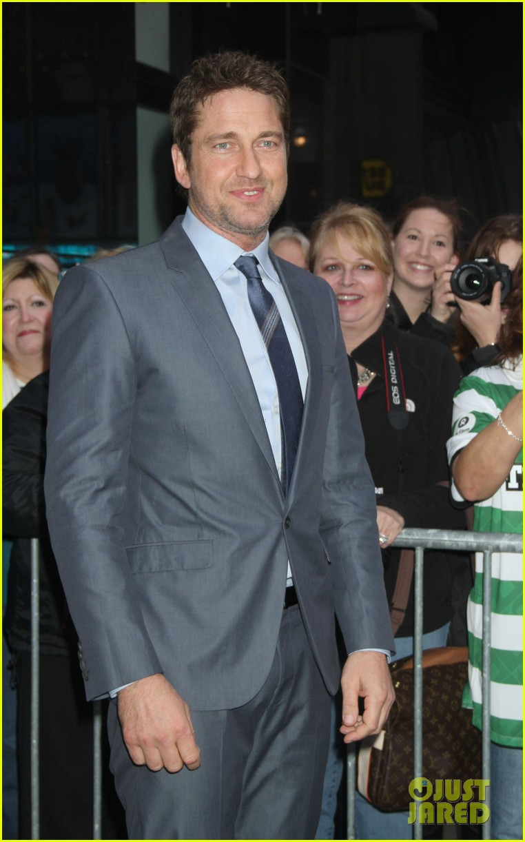 gerard butler promotes playing for keeps on gma 10