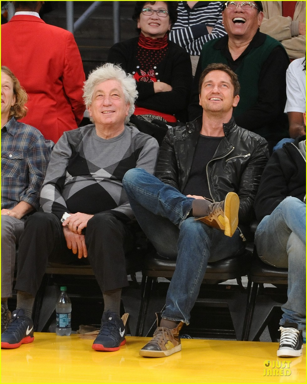 gerard butler lakers game spectator 012768302