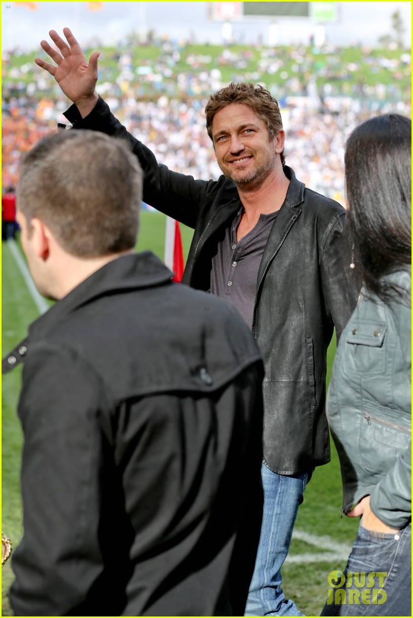 gerard butler mls cup with david beckham 092767601